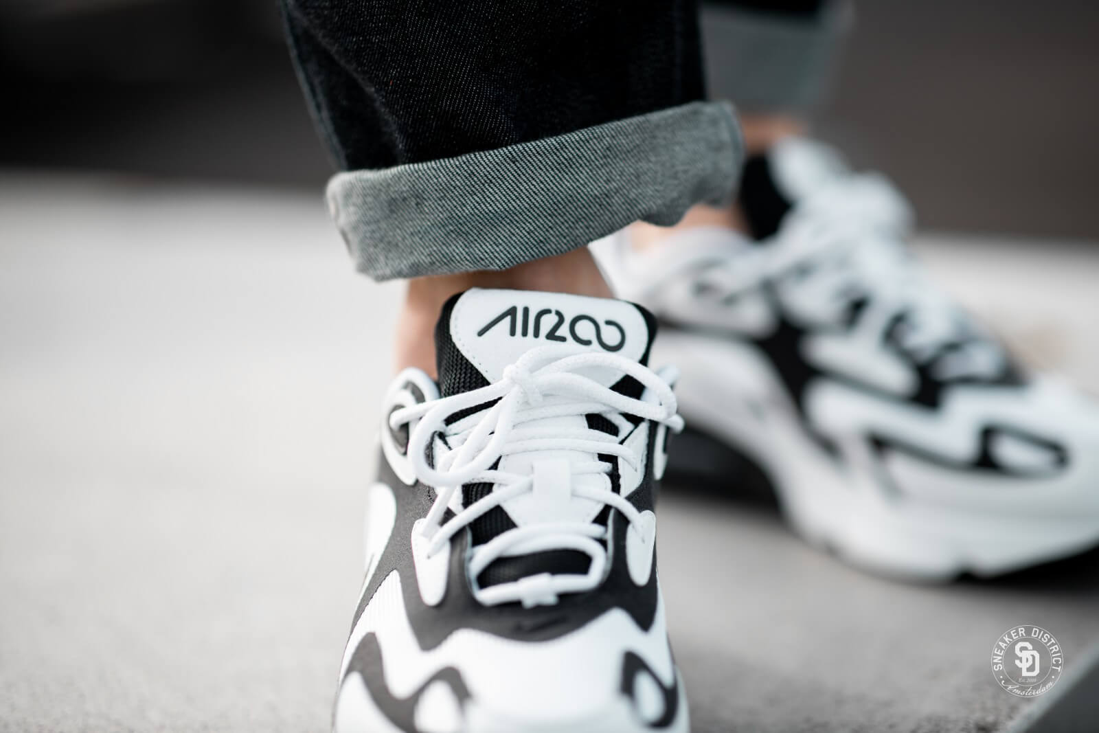 Nike Air Max 200 WhiteBlack Anthracite AQ2568 104