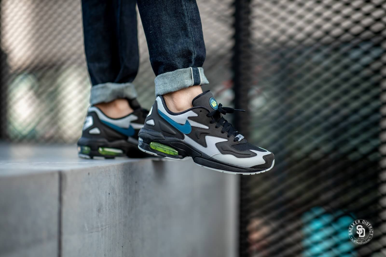 Nike Air Max2 Light BlackThunderstorm Wolf Grey Volt AO1741 002
