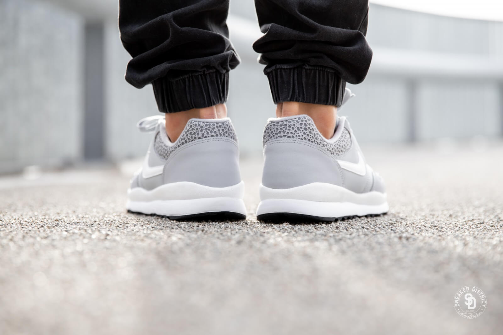 Nike Air Safari Wolf GreyWhite Black 371740 011