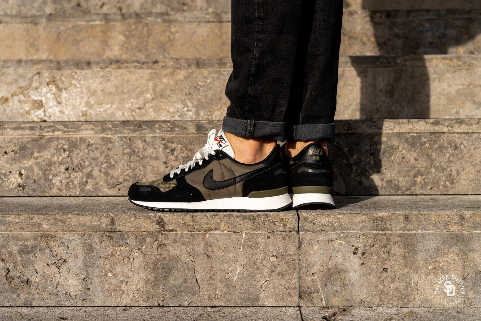 Nike Air Vortex BlackMedium Olive Sail 903896 014