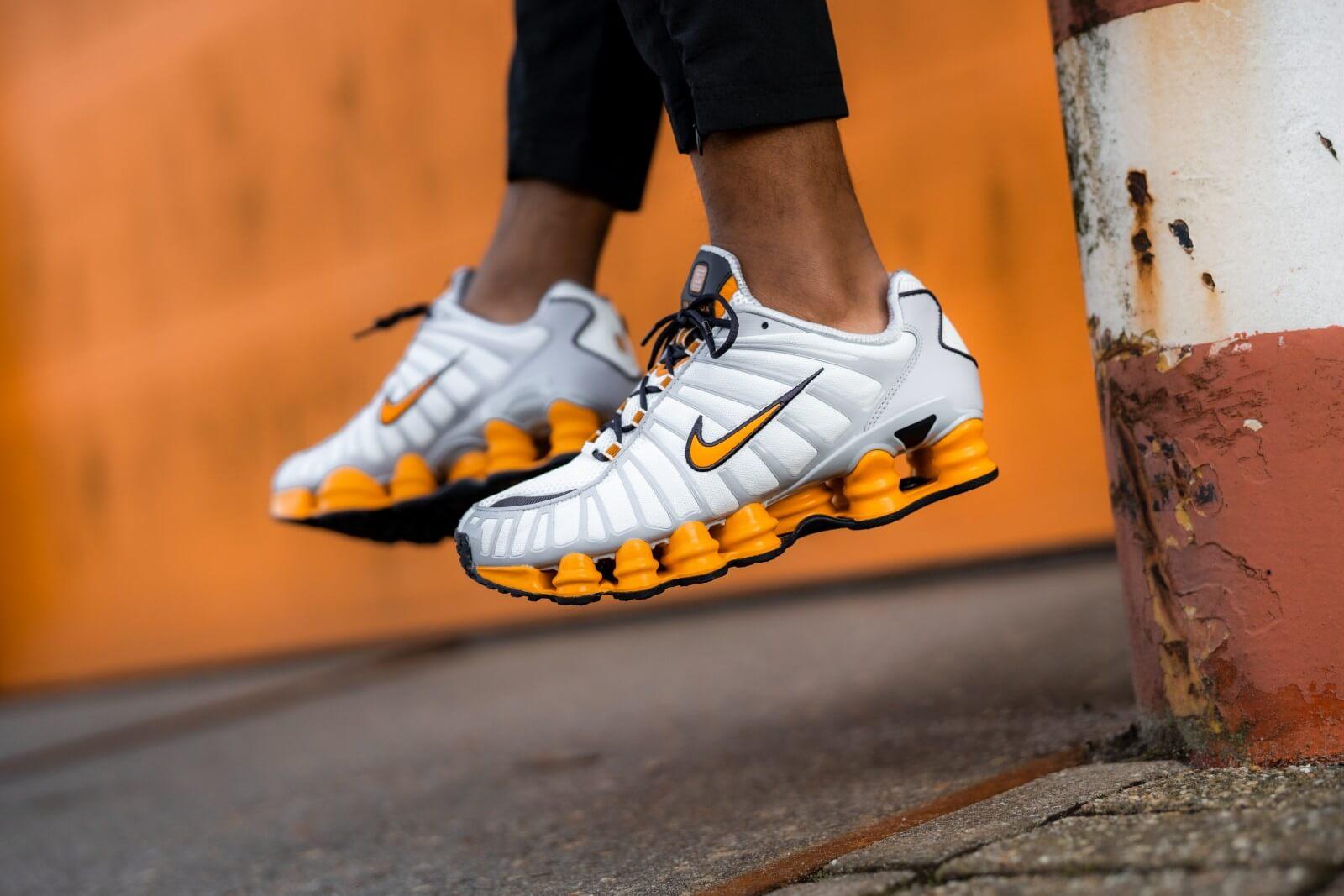 Nike Shox TL Off WhiteOrange Peel AV3595 101