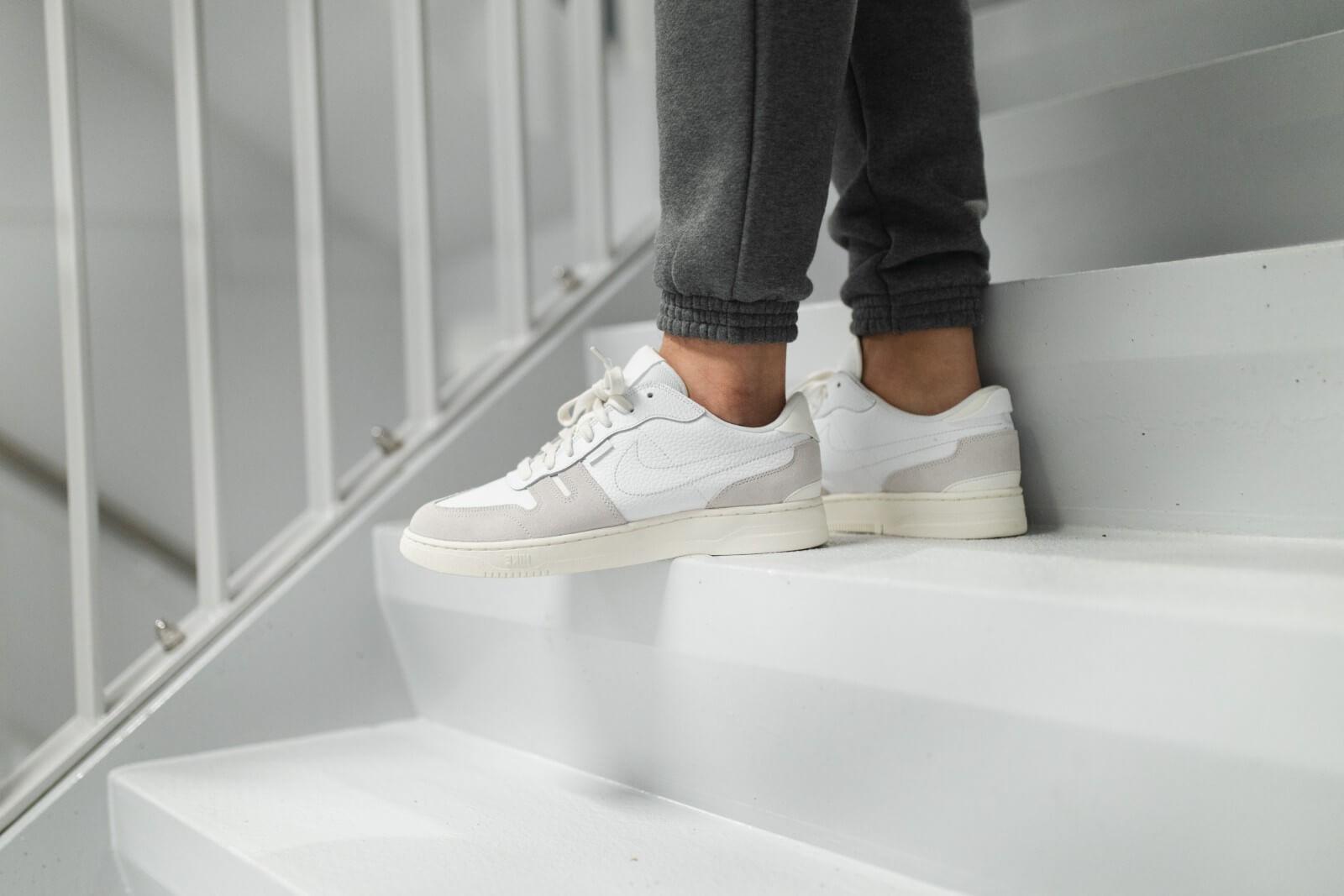 Nike Squash Type WhitePlatinum Tint Sail CW7587 100