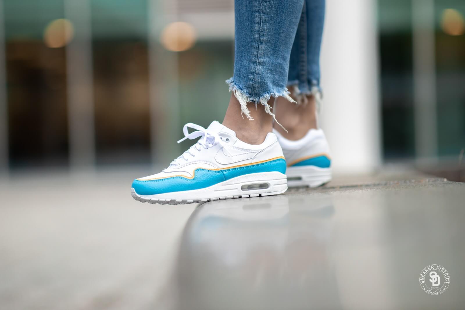 Nike Women's Air Max 1 SE White/LT Blue Fury - 881101-103