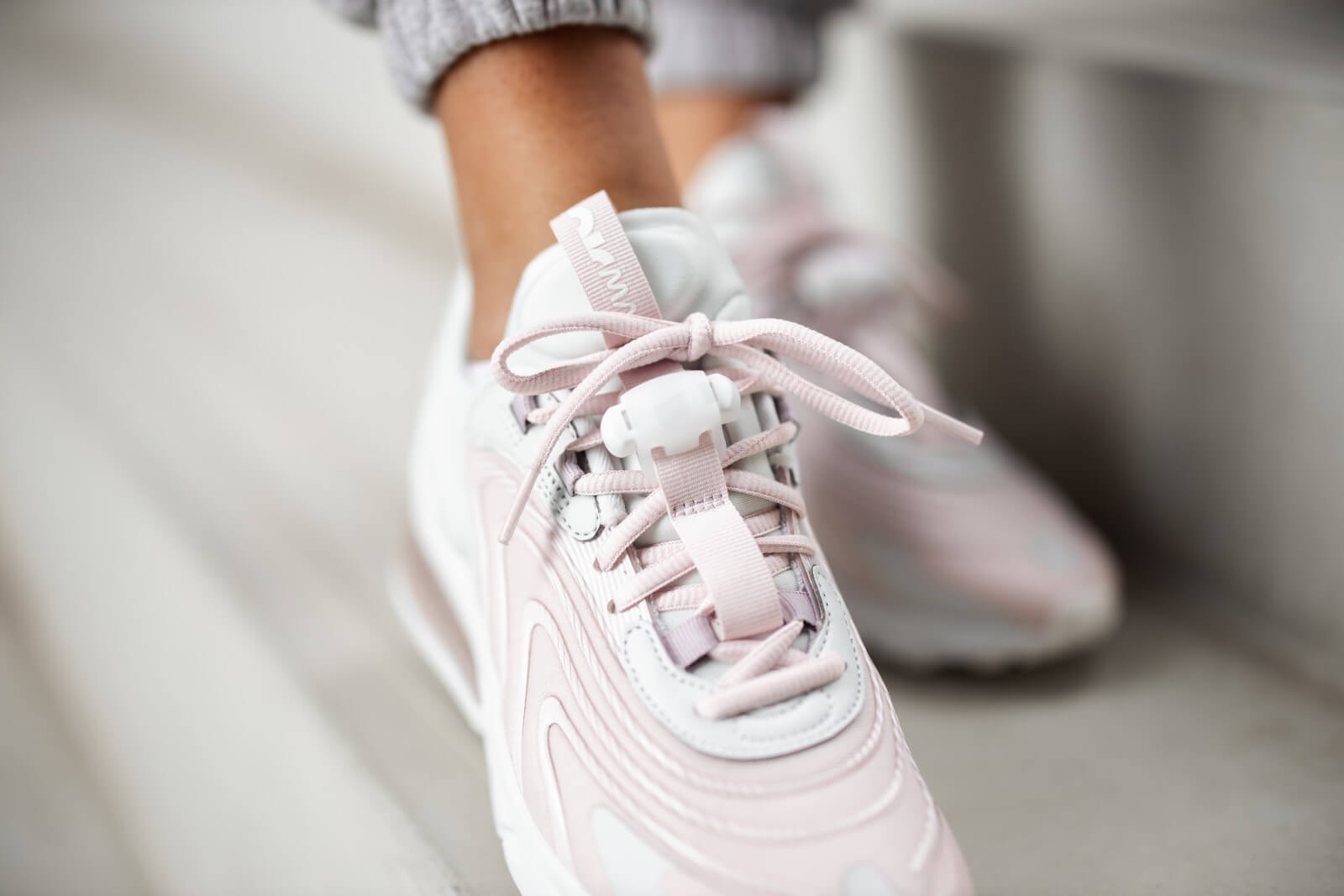 nike air max 270 barely rose