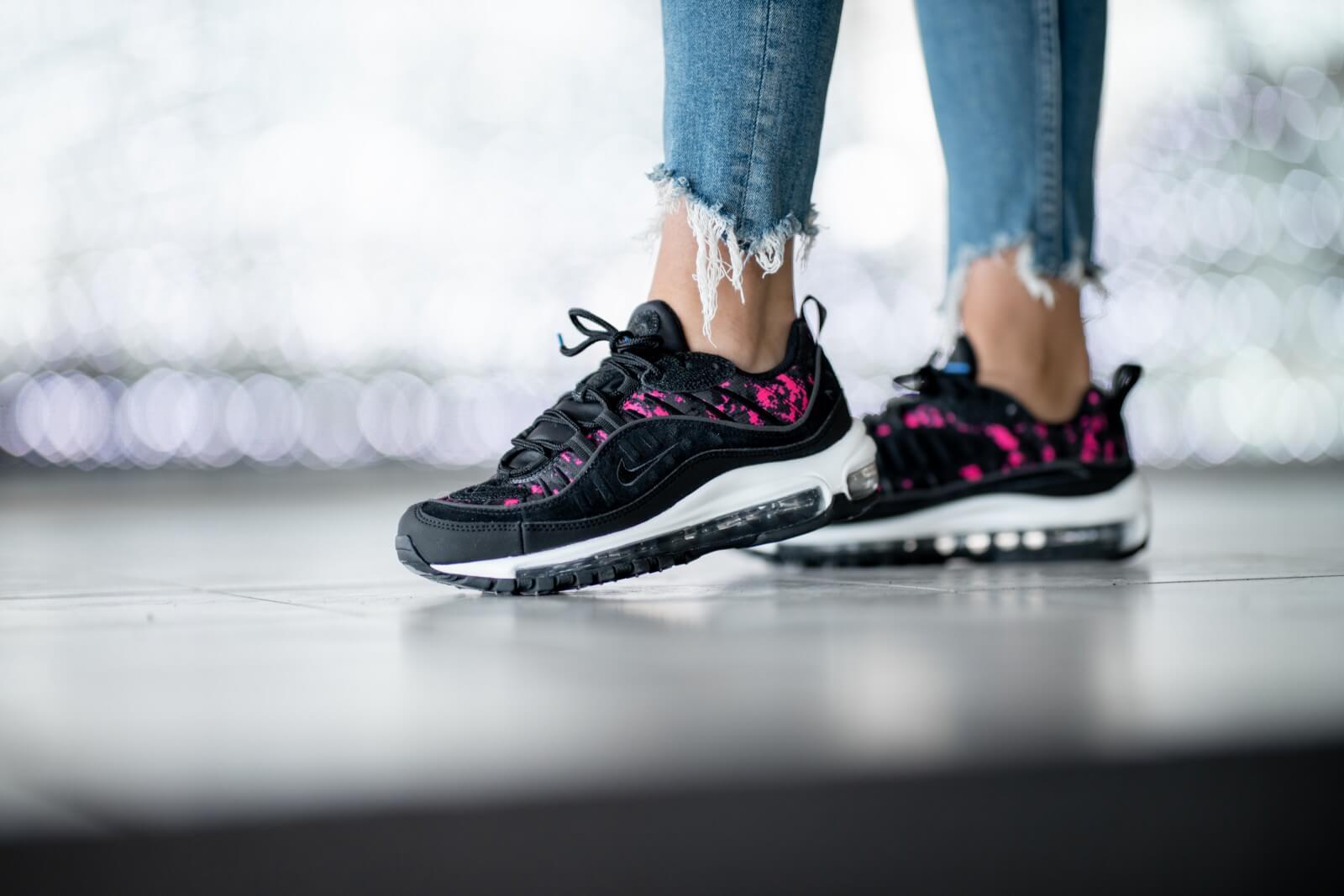 Nike Women's Air Max 98 Premium Camo Black/Hyper Pink - CI2672-001