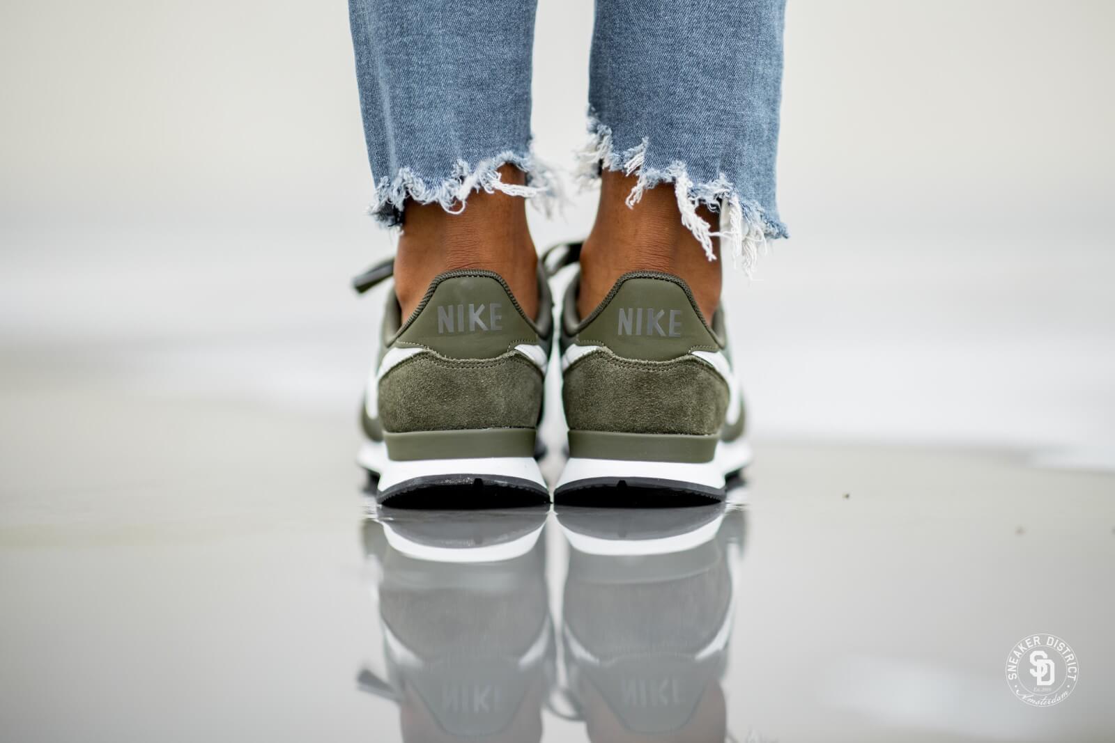 Nike Women's Internationalist Cargo KhakiSummit White