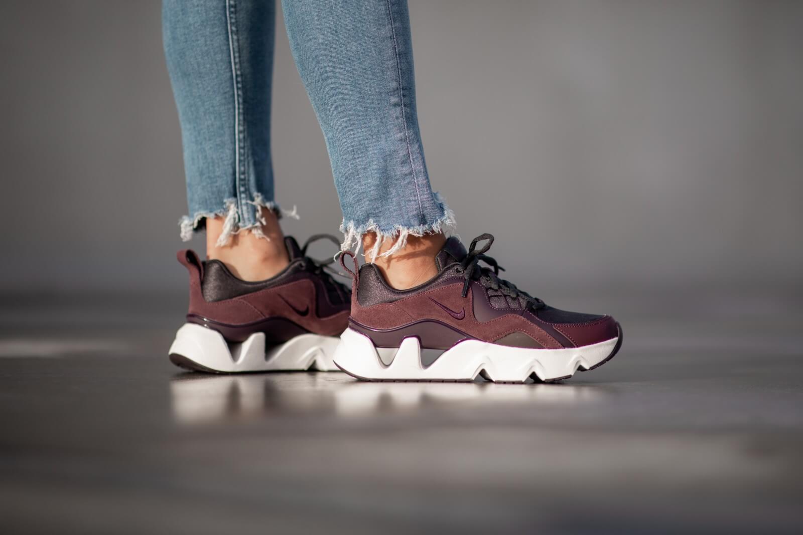 chaussure nike femme ryz 365